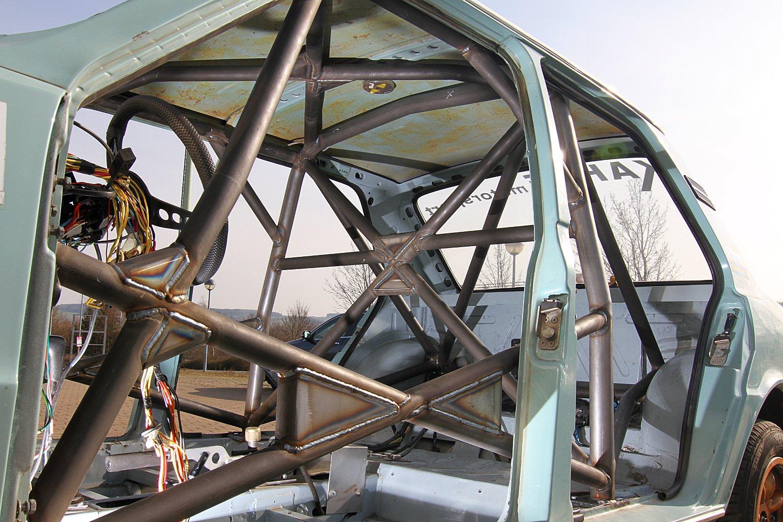Sicherheitszelle Skoda 120 LR